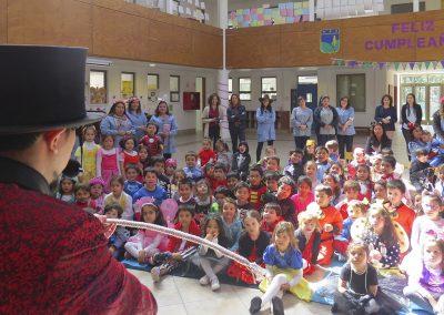 mago Santino en colegio Pinares